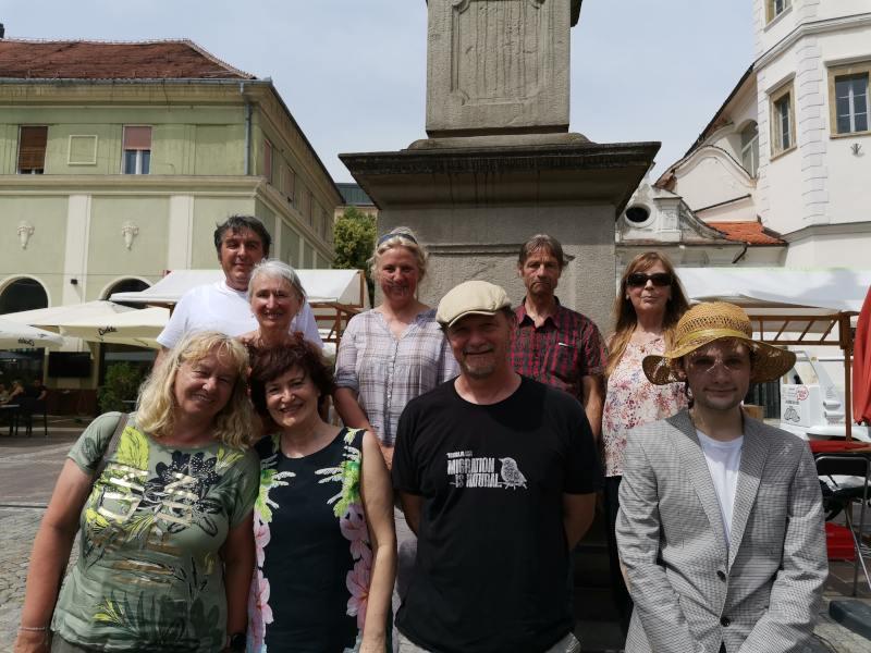 Pesem si na Slovenskih dnevih knjige v Mariboru